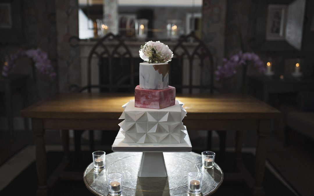 How Much is a Three Tier Wedding Cake?