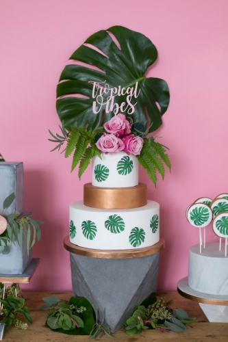 Tropical Cakes-5 commissioned for a London wedding cake